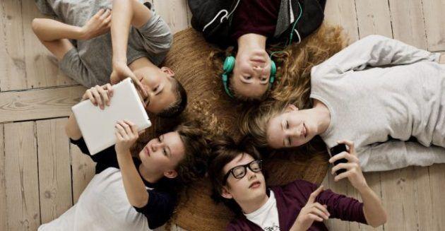 USA gli adolescenti preferiscono liPhone