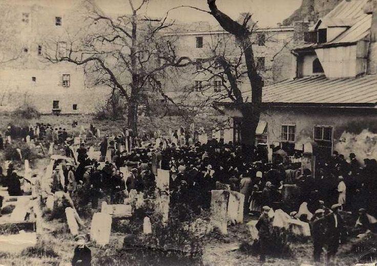 Cmentarz Remuh - Stary cmentarz żydowski, Kraków - maj 1931 , Święto rabina Remu na cmentarzu Remuh.