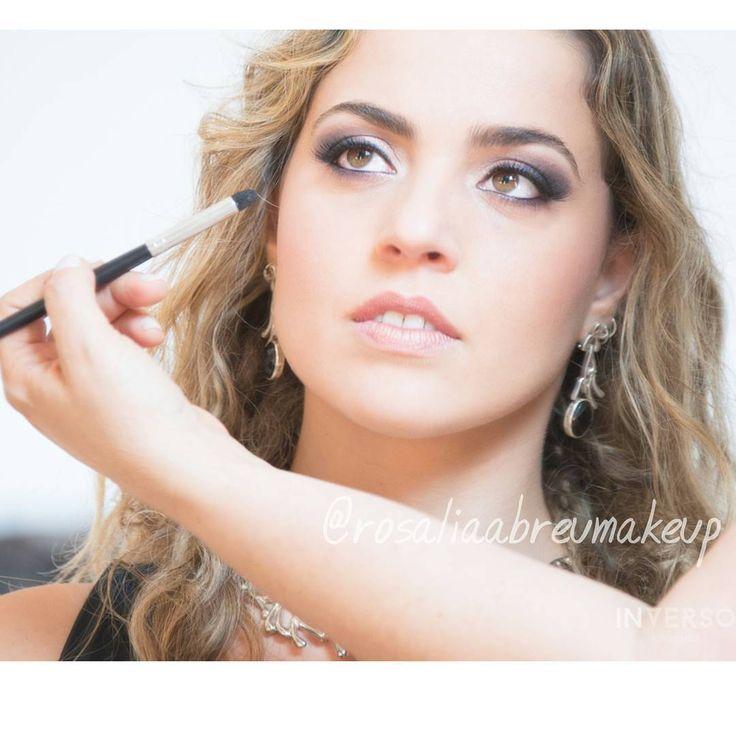 Maquiagem para festas, por Rosália Abreu -- Instagram: @rosaliaabreumakeup -- Foto: @inversofotografia