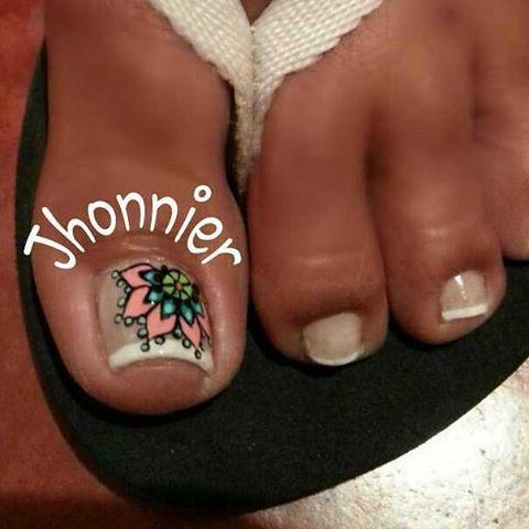 Resultado de imagen para mandala nails pies