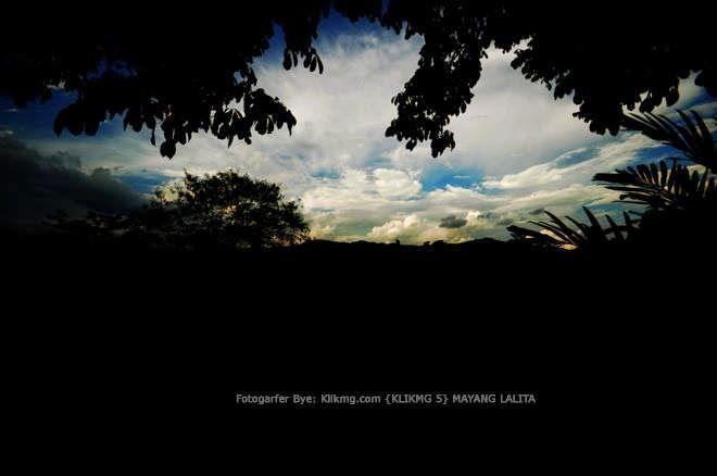 blog.klikmg.com - Rias Pengantin - Fotografi & Promosi Online : Indahnya Temaram Senja Dalam Bingkai Fotoku   Foto...