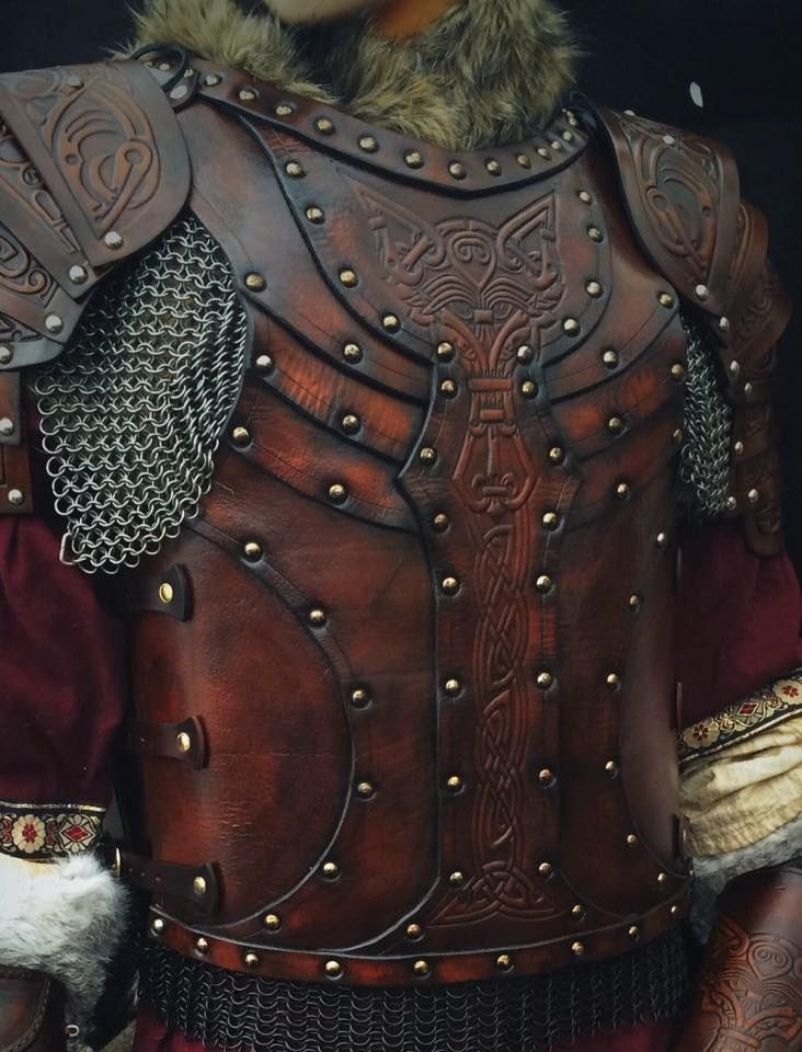 This stunning leather body armour, including fullshoulders (The Vendelbody armour) has been hand made out of a variety of layers of 3.5mmveg. tanned leather was designed and made by the armourer Alex Agricola of Black Raven Armoury. Ideal for LARP…Read more ›