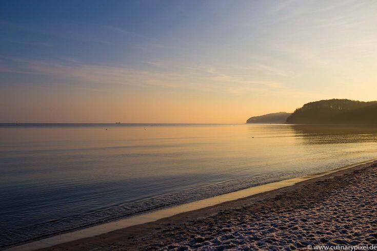 Sonnenaufgang am Strand Seebad Binz auf Rügen: Restaurants, Hotels & Ausflüge