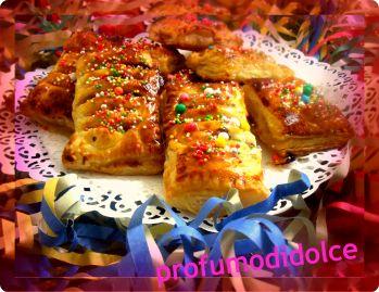 merendina di carnevale......che puoi gustare sempre.......http://blog.giallozafferano.it/profumodidolce/fagottini-con-nutella-o-marmellata-mascherati/