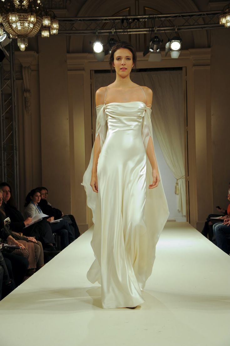 Fanny liautard clingy very sexy silk evening gown for Frugal fannies wedding dresses