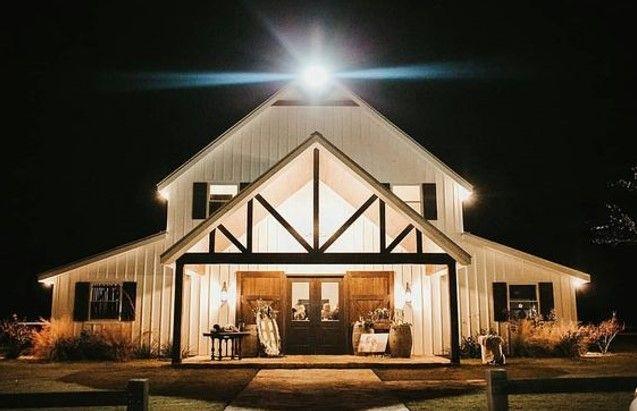 17 Stunning Metal House Ideas Barn Style House Barn House Plans