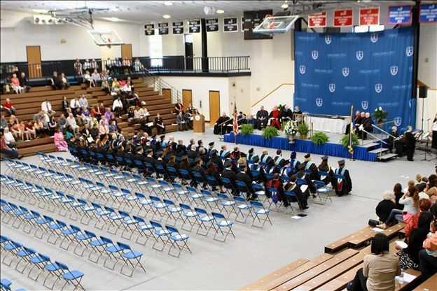 Oakland City University Spring 2014 Commencement