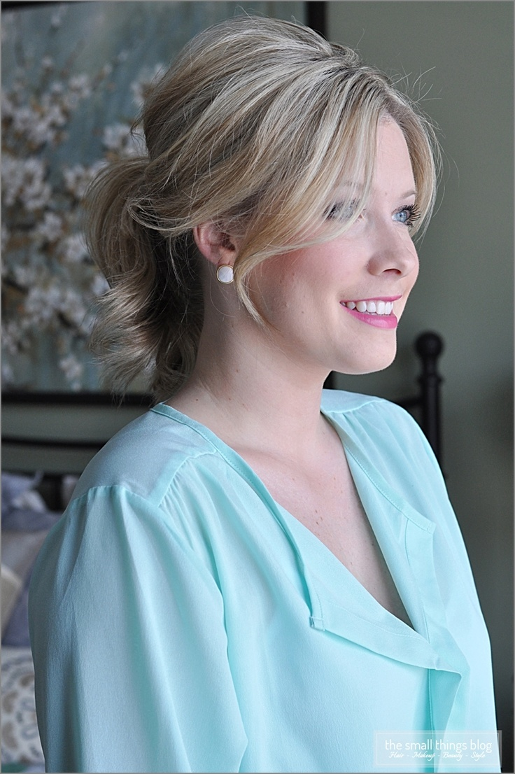 The Small Things Blog: The Fancy PonytailSmall Things Blog, Shorter Hair, Hair Tutorials, Shorts Hair, Makeup, Beautiful Julianne, Hair Style, Fancy Ponytail, Ponies Tail