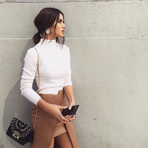 30 Super Classy & Trendy Outfit Inspirations To Wear This Year Check out these 3…