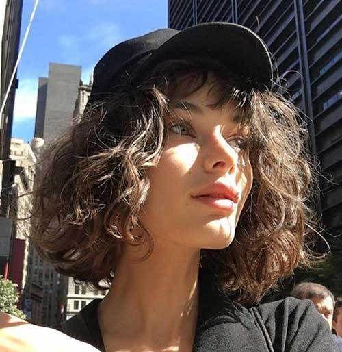 Kurze Frisuren Beste Lockige Kurze Frisuren Frauen 2019 Curly