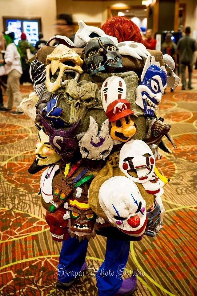 Omg it's like the mask guy from Zelda Majoras Mask but with like a shit ton of fandoms instead! I want to hug them!