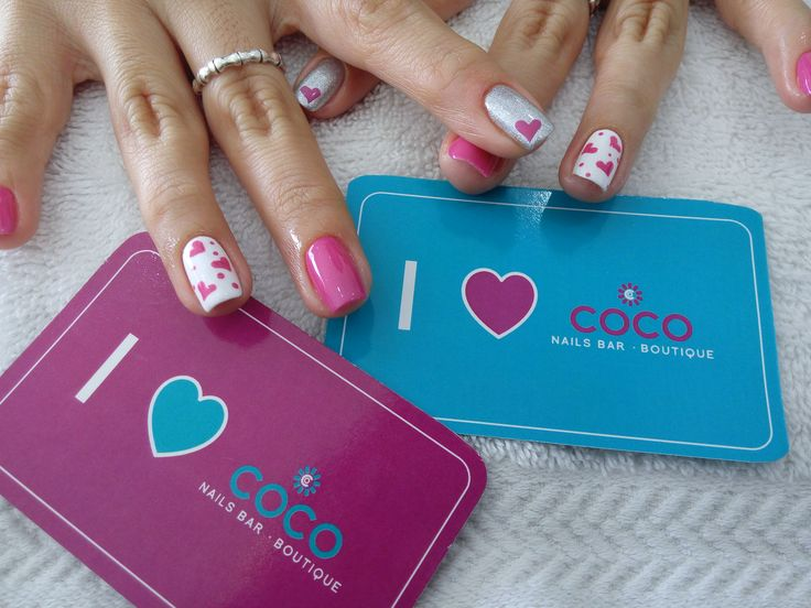 Gelish- Amour color please -A Lister- Arctic Freeze