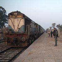 Diario de viaje 13 – De compras por Khajuraho, la ciudad de los templos del Kamasutra