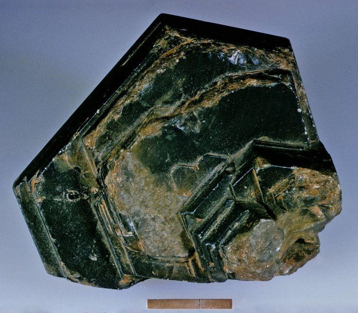 Corundum, Chanthaburi Province, Thailand. Size: 10.2 x 9.1 cm.  Copyright: Rock Currier