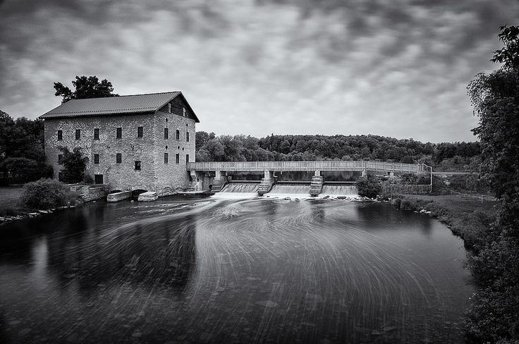 Lang Mill - This stone flour mill, formally named the Allandale Flour Mill, was erected in 1846 by Thomas Short. The mill was re-named Lang after William Lang acquired the mill about 1872. It was in operation until 1965. A wonderful site to visit and a great place for a history lesson.