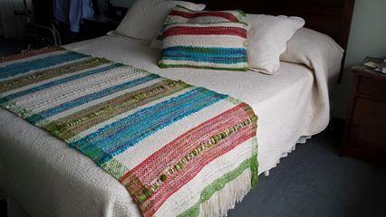Juego Piecera KING y almohadones, 100% lana de oveja.