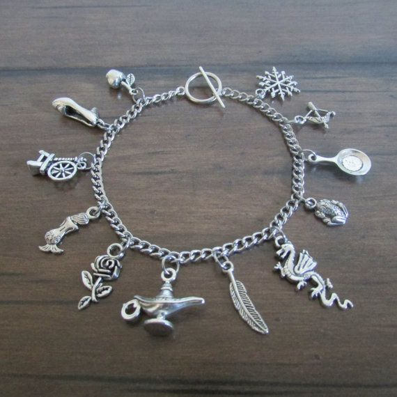 Disney Princess Charm Bracelet, Snow White, Cinderella, Aurora, Ariel, Belle, Jasmine, Pocahontas, Mulan, Tiana, Rapunzel, Merida, Frozen