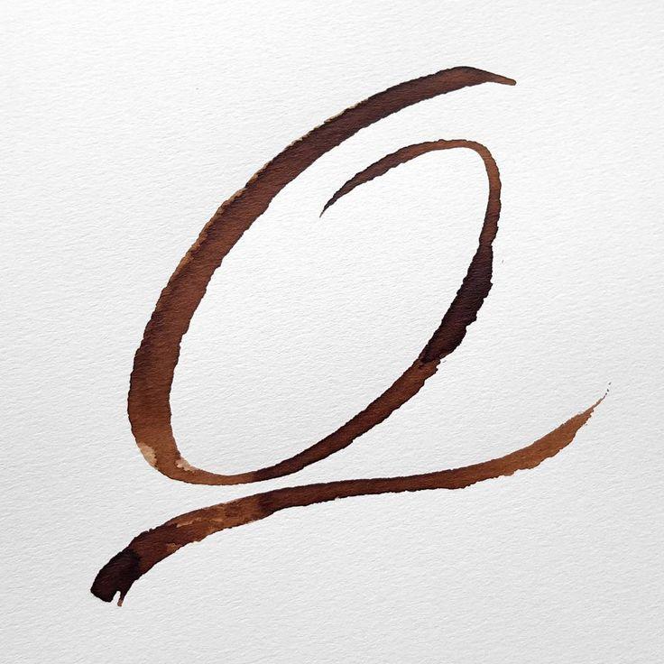 "Freeform, ruling pen ""Q"". #36dasysoftype #36daysoftype_q #alphabet #kalligrafi #handskrift #skönskrift #textning #calligraphy #lettering #handwriting #letters #rulingpen #walnutink #valnötsbläck #thedailytype #bestoflettering #q #letterarchive #letterarchive_q"
