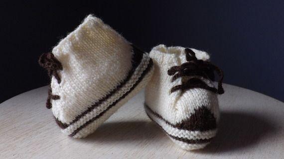 Chaussons-baskets bébé en tricot  écru et marron