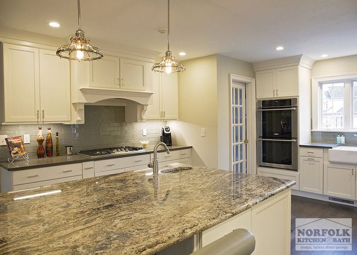 This Showplace Kitchen Was Designed By Mariah From Our Nashua, NH Showroom,  In Collaboration With The Clientu0027s Interior Designer.