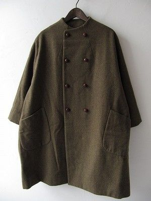 Oversize olive brown coat | Collarless cocoon shape | ARTS&SCIENCE