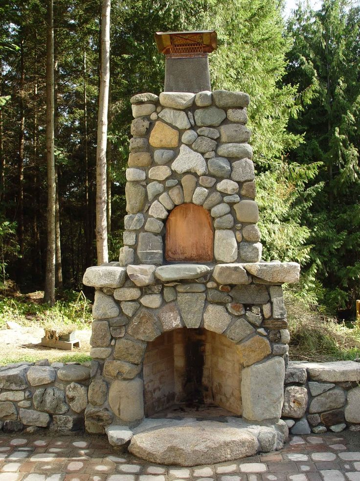 Beautiful field stone outdoor fire place. (At the chateau on the Isle of  Libra) - 17 Best Ideas About Outdoor Stone Fireplaces On Pinterest