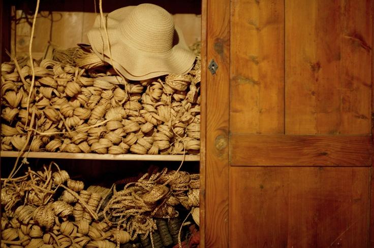 Marzi: cappelli di paglia #handmade #artigianato Consorzio Il Cappello di Firenze