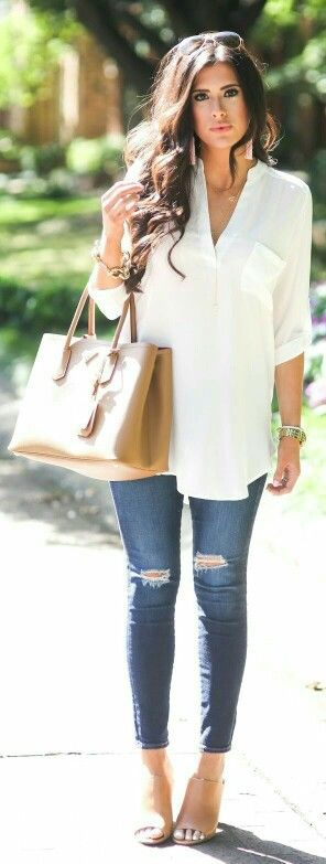 #Fall look #fashion #ripped jeans. I could wear something like this every day