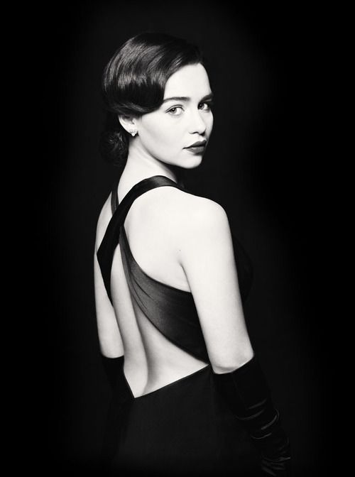 """The lovely Emilia Clarke, best known as the khaleesi in HBO's """"Game of Thrones"""" plays Holly Golightly in a new production of Truman Capote's """"Breakfast at Tiffany's"""". Go here for more info and tickets!"""