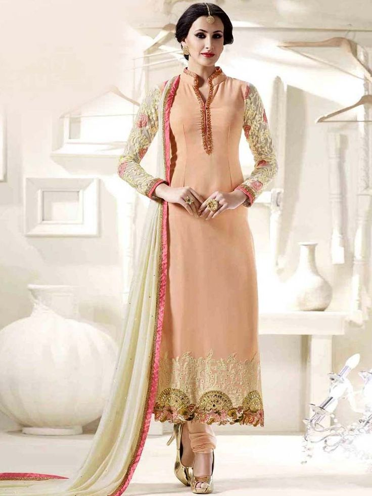 Appealing outfit will give you very divine and angelic look on your special day. Item code: SLANB14750 Shop more: https://www.bharatplaza.com/new-arrivals/salwar-kameez.html