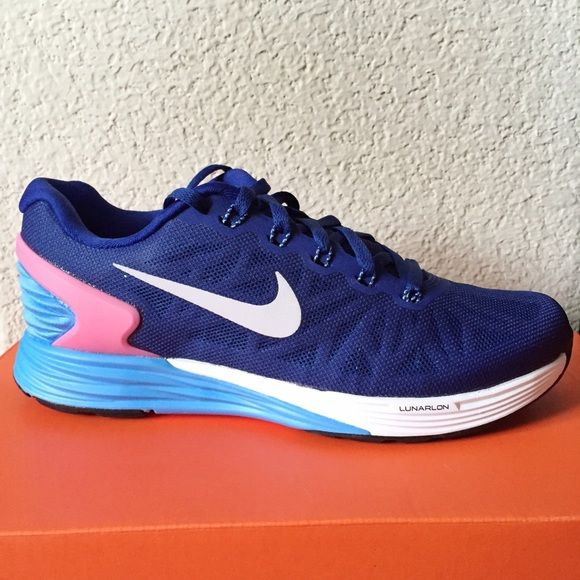 ❤FINAL PRICE❤️Nike Lunarglide 6 Brand new navy blue with hot pink trim on