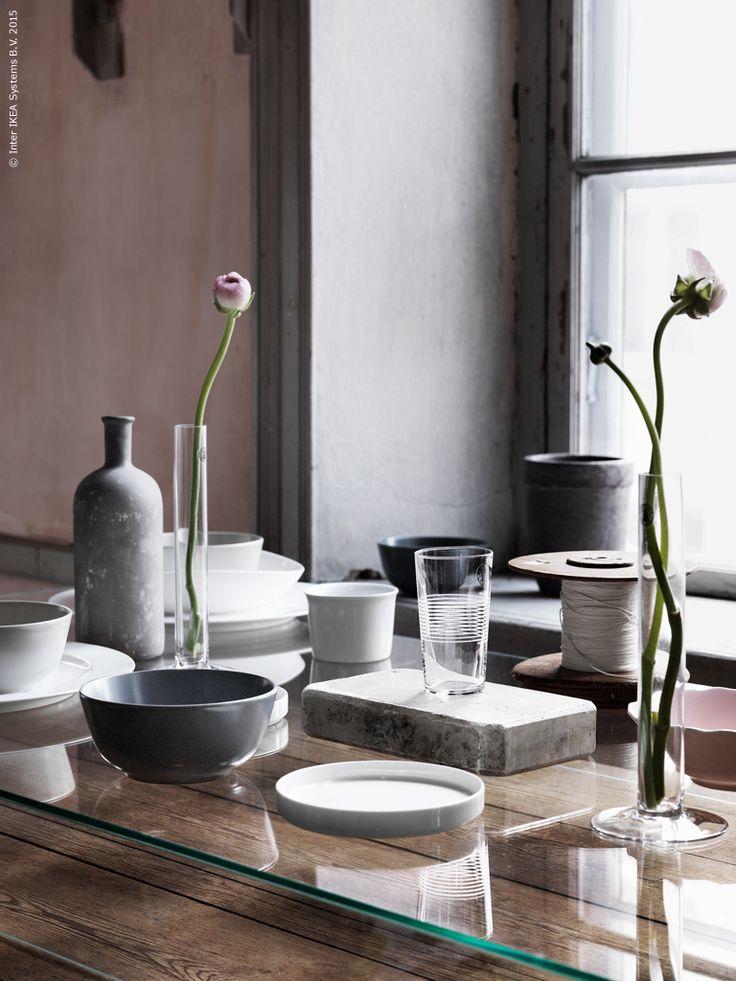 v rstilleben i f nstret det munbl sta glaset stockholm r. Black Bedroom Furniture Sets. Home Design Ideas