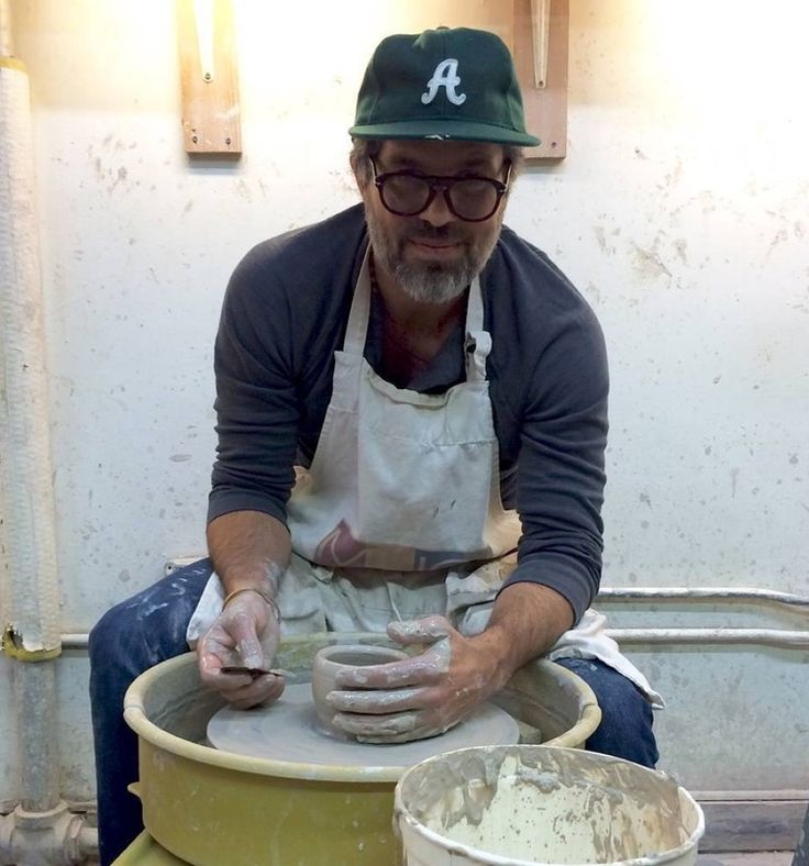 Aula de cerâmica… (Adult Pottery Classes at Mugi Studio)