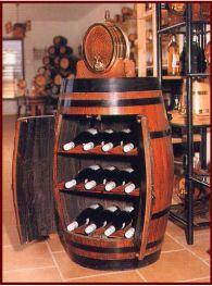 botellero de madera con forma de barril ideal para la pequea bodega de tu casa