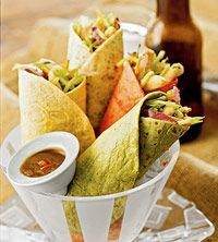 Thai Chicken-Broccoli WrapsChicken Wraps, Thai Chicken Broccoli, Peanut Sauces, Wraps Recipe, Favorite Recipe, Thai Chickenbroccoli, Food Recipe, Chickenbroccoli Wraps, Chicken Broccoli Wraps