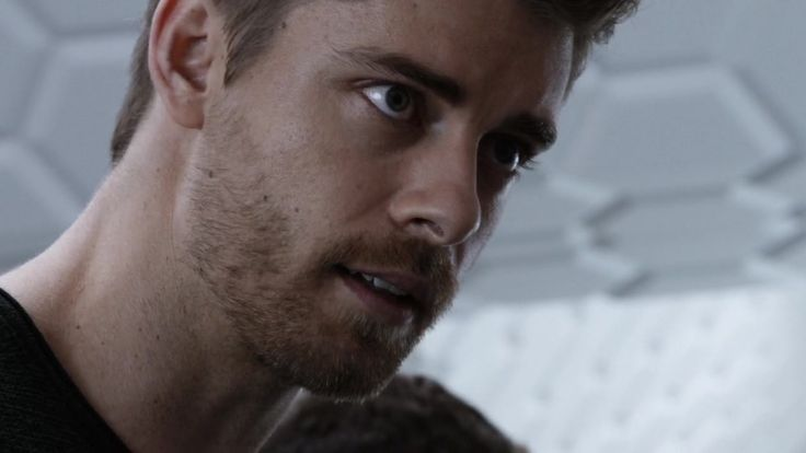 Last additions - 027 - Luke Mitchell Fan | Your source for Luke Mitchell pictures!