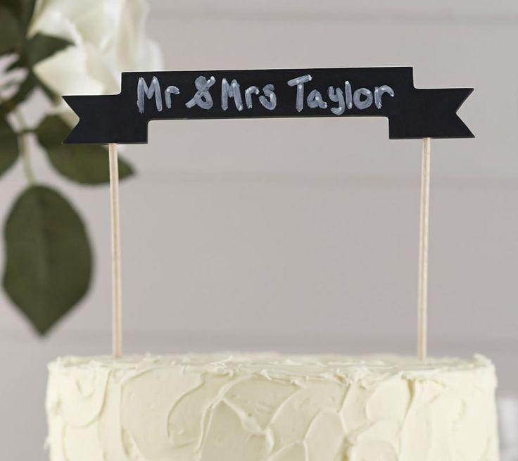 Cake Topper serie Festone Lavagna in legno Originale Cake topper per decorare in modo unica la vostra torta . Realizzato in legno Cake Topper banner con  lavagna da scrivere. Un cake topper economico ed originale per Matrimoni o Compleanno. - MATRIMONIO, Cake Topper, Originali ed Economici -   Questo cake topper è ideale da utilizzare per quasi ogni evento, una torta di compleanno   o torta nuziale e può essere personalizzato grazie allo striscione che lo caratterizza   realizzato come una…