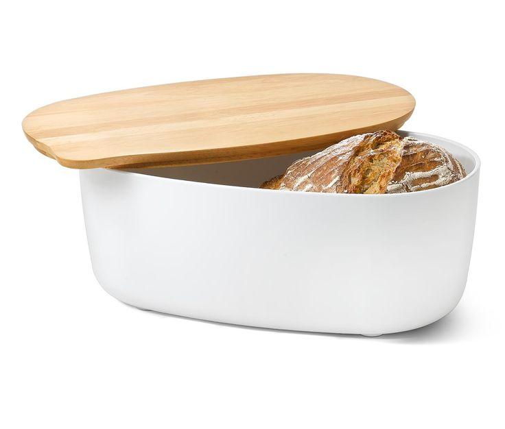 19,95 € Bietet Platz und spart Platz – der Brotkasten aus stabilem Kunststoff mit rutschhemmenden Silikonfüßen hat das Schneidebrett gleich dabei: Sein Deckel dient gleichzeitig als Holz-Schneidebrett mit Rillen zum Auffangen von Brotkrümeln.