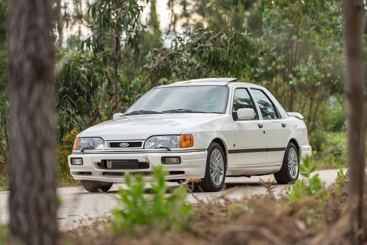 1988 Ford Sierra Cosworth - 38.000Kms | Classic Driver Market