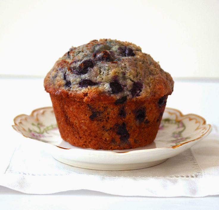 moist blueberry muffin recipe, my favorite blueberry muffins, old fashioned blueberry muffins, classic blueberry muffin recipe