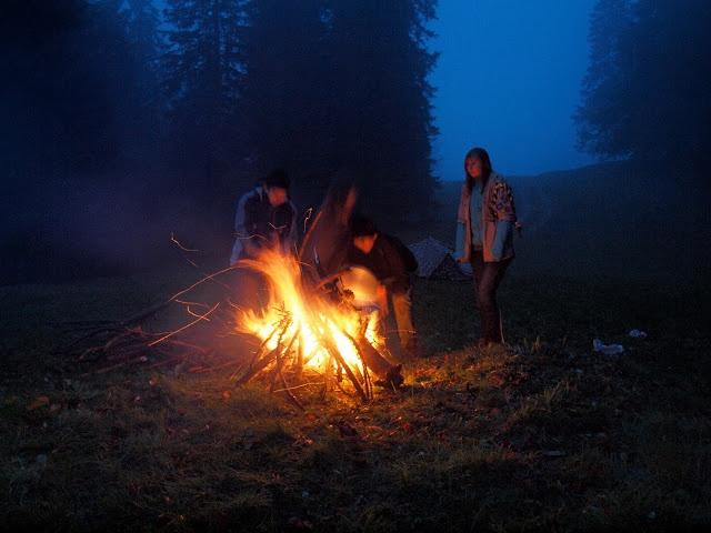 """Résultat de recherche d'images pour """"feu de camp scout"""""""