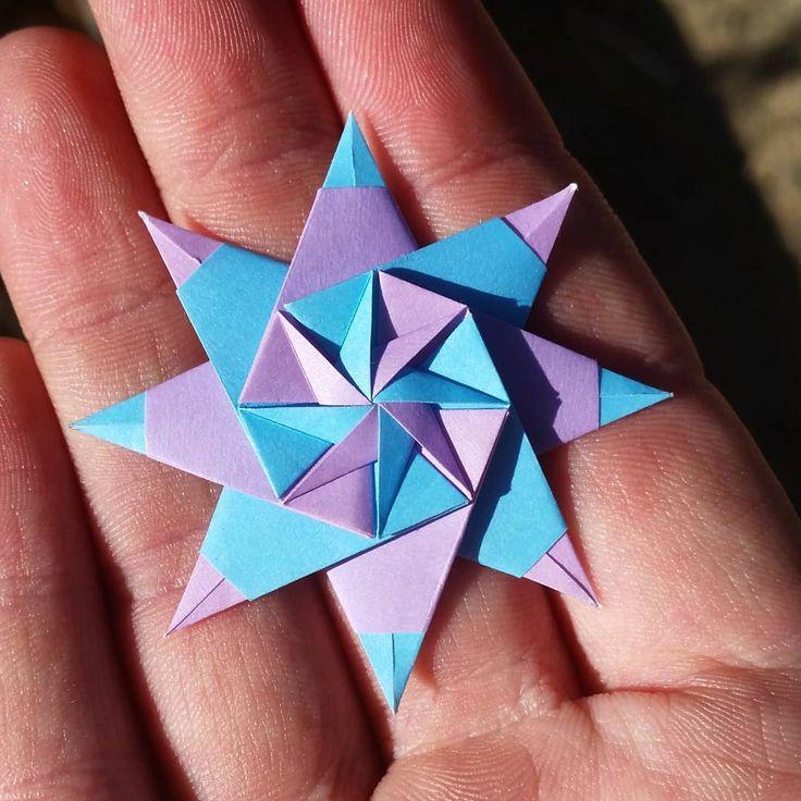 Sabrina Star – Pinwheel Variation by Maria Sinaysk…