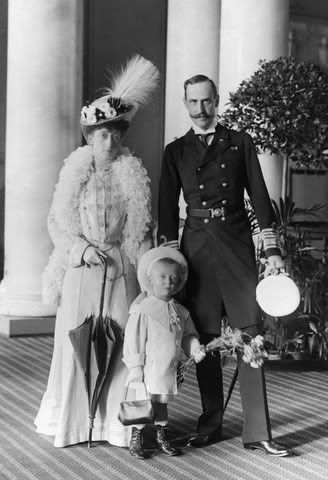 Queen Maud, Crown Prince Olav and King Haakon VII of Norway.