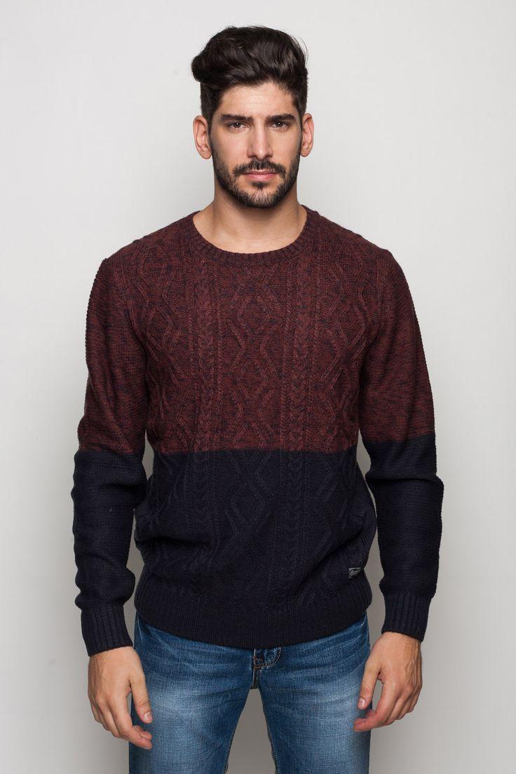Elegáns, divatos férfi kötött pulóver