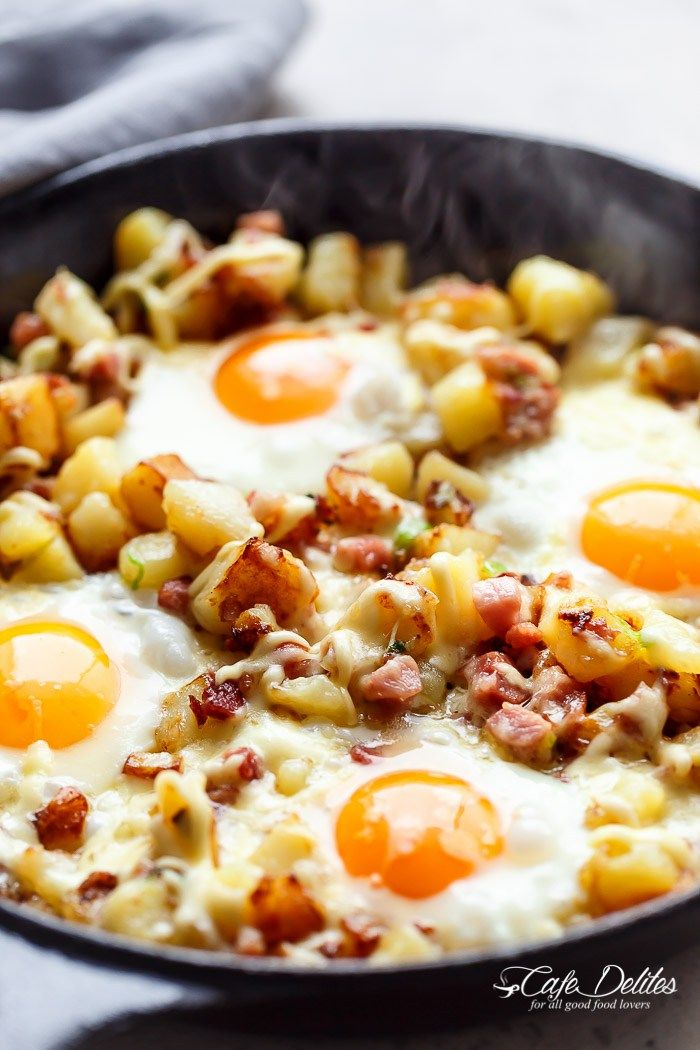 Cheesy Bacon And Egg Hash For Breakfast Brunch Lunch Or Dinner What May Look Complicated As Actually One Of The Most Easiest Recipes Im