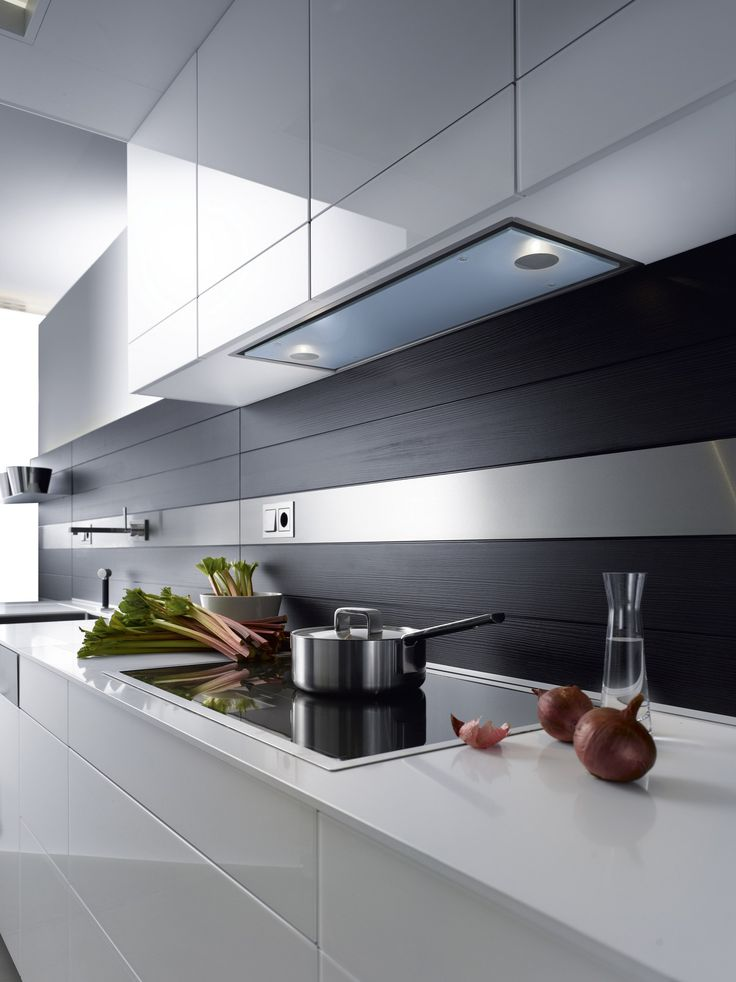 Built-in cooker hood with integrated lighting LLANO by GUTMANN