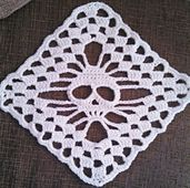Ravelry: Skull Shawl - Stand Alone Square by Glamour4You pattern by Glamour4You