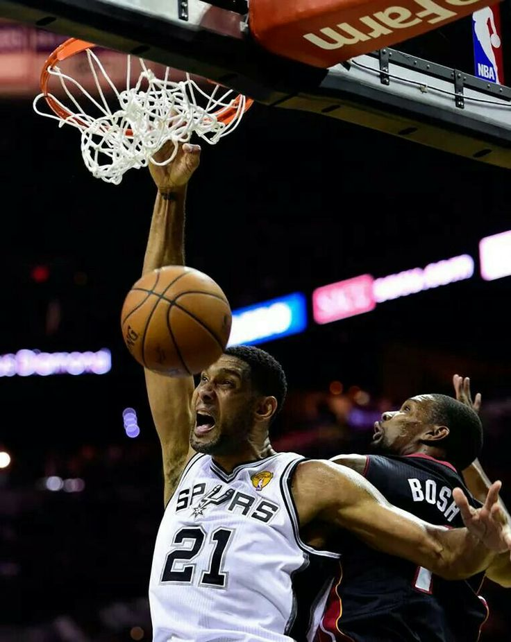 Watch Tim Duncan's slam dunk from last night night's game