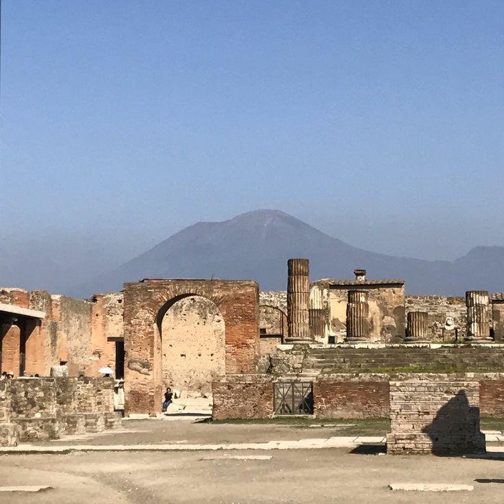 Pompeii, Mt. Versuvius, Italy   @_shutterbug_bec_