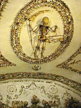Capuchin Crypt beneath the Capuchin Church of the Immaculate Conception (1645), located on Via Veneto, near Barbarini Square, Roma, Italia